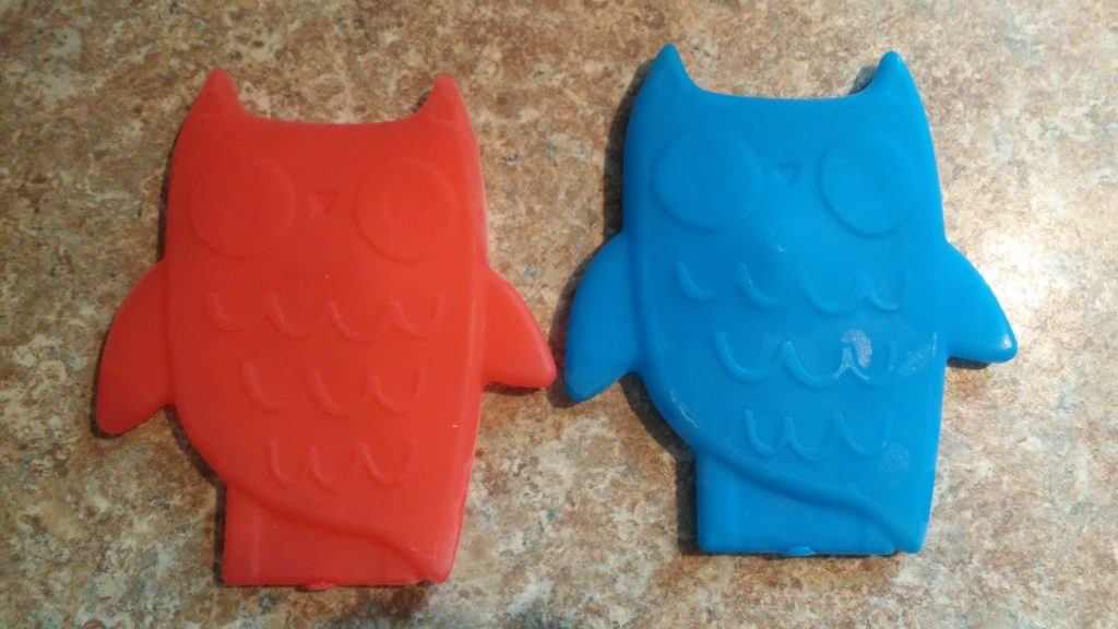 Picture of owl ice packs.
